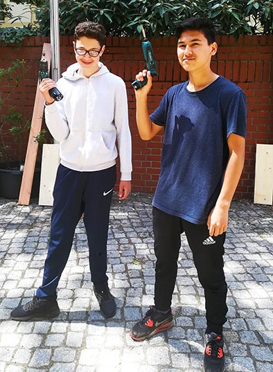 building boys